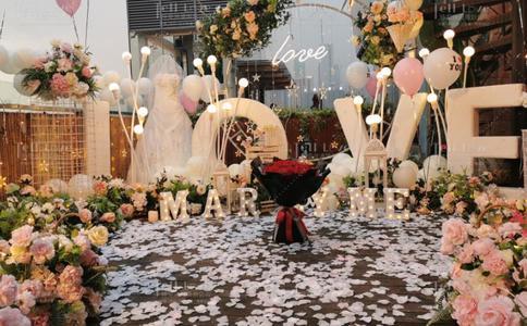 潍坊求婚策划方案,胡桃里求婚潍坊
